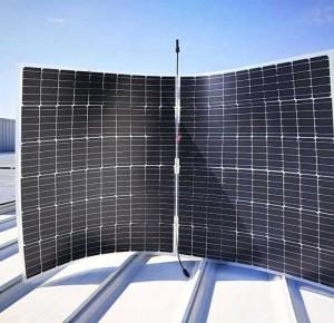 Китай пуска двулицев соларен панел, който може да произвежда до 530 W